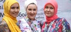 مسلمات ينشرن الإسلام بطريقة مختلفة في روسيا  (فيديو)