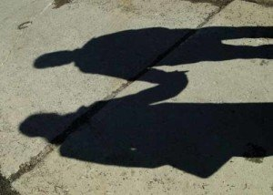 shadow couple hand holding